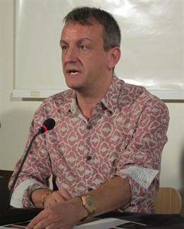Fernando Rivarés, en rueda de prensa hoy en el Auditorio