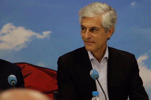 Adolfo Suárez Illana , con el candidadto del PP por Melilla Fernando Gutiérrez D