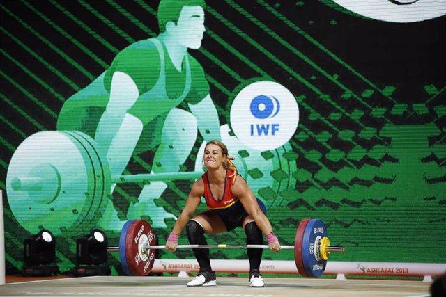 Lydia Valentín durante su concurso en el Mundial de Turkmenistán