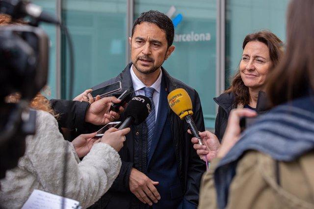 El conseller de territori de la Generalitat de Catalunya, Damià Calvet visita