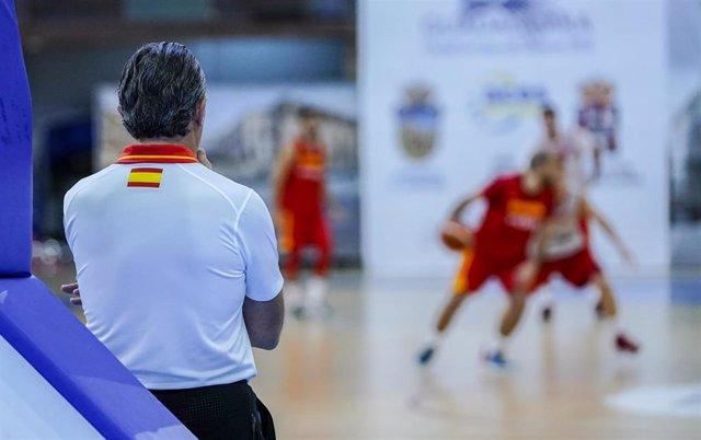 Sergio Scariolo en el entrenamiento de la selección