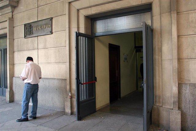 Fiscalía denuncia ante Juzgados a un 'chamán' por extorsionar y acosar a sus pac