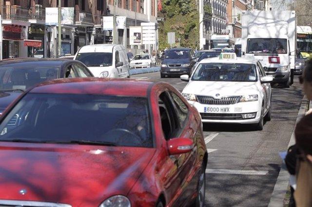 Ahora Madrid y PSOE aprueban la primera zona de aparcamiento bajo demanda vecina