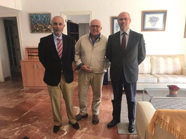 Caja Rural del Sur respalda al Consejo Regulador de las IGP de las aceitunas man