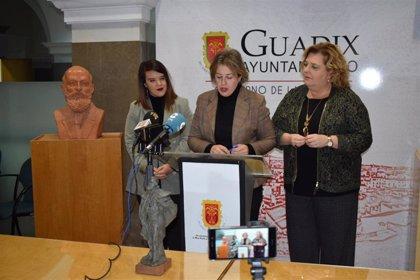 La gala de los Premios Nacionales de Periodismo de Guadix (Granada) reconoce este sábado la labor de José María García