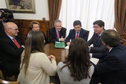 Diputación y Junta colaborarán para que la UJA ponga en marcha su Cátedra de Turismo Interior