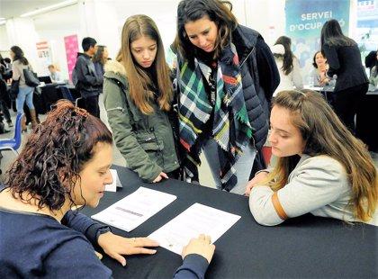 El IX Fòrum Estudiants-Empresa de Andorra informa de opciones formativas y laborales