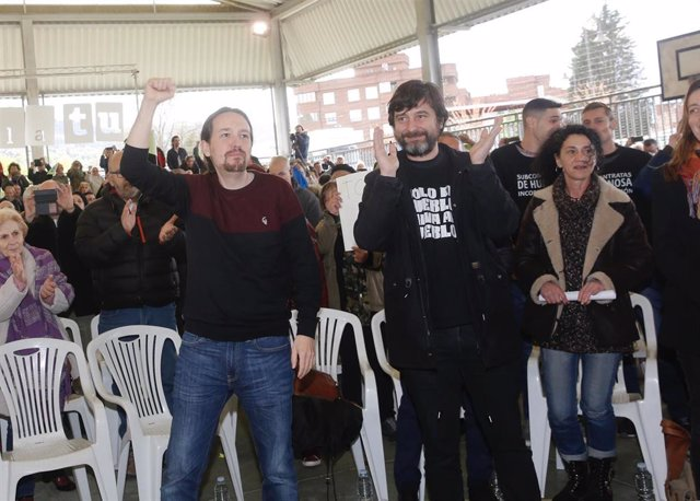 Pablo Iglesias en un acto con varios colectivos sociales en Gijón