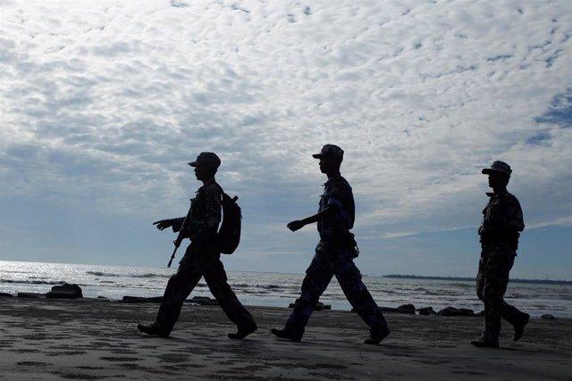 Birmania.- Grupos humanitarios denuncian el bloqueo de Birmania a la entrada de