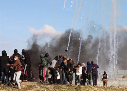 Heridos más de 80 palestinos por disparos de las fuerzas de Israel contra una nueva protesta en Gaza