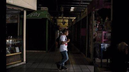 Un fallo del servicio eléctrico provoca un apagón masivo en la península de Yucatán, en México