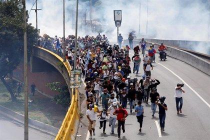 Los venezolanos vuelven a salir este sábado a las calles para manifestarse a favor y en contra de Nicolás Maduro