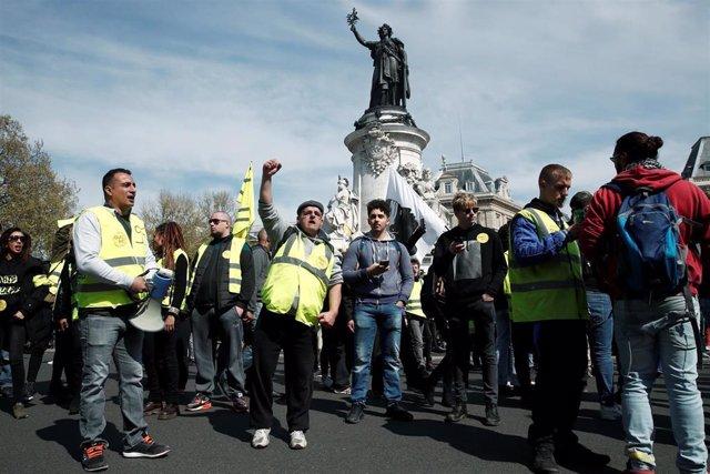 """Francia.- El Acto XXI de los """"chalecos amarillos"""" transcurre sin incidentes"""