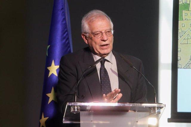 Borrell viaja a Eslovenia y se reunirá con su presidente, que recibió a Torra en