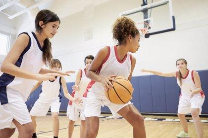 Juego en adolescentes, una actividad que no debe faltar