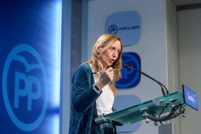 """28A.- Marta González (PP) dice que están """"en tiempos nuevos"""" y ve """"lógico"""" que C"""