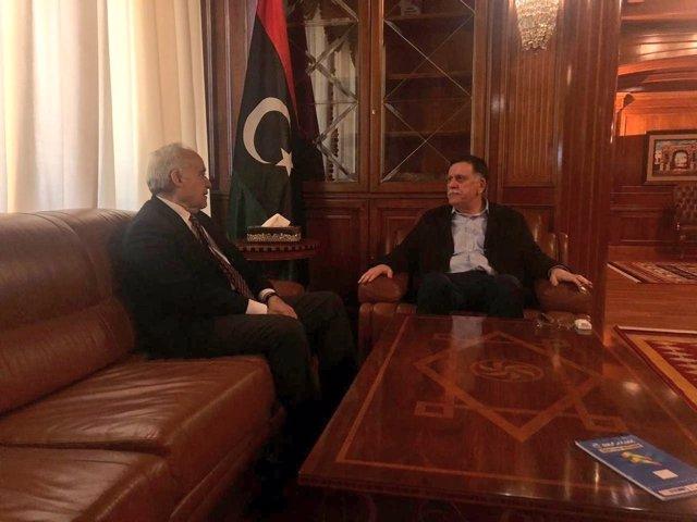 """Libia.- El enviado de la ONU traslada a Serraj su disposición a """"ayudar"""" ante la"""