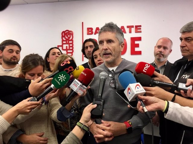 """Marlaska dice que la intención del PP de aplicar el 155 en Cataluña es """"una solu"""