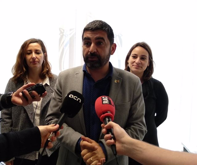 Av.- La Generalitat impugna al TC el nou reglament d'adopcions internaciona