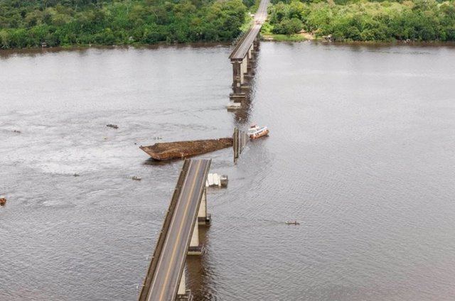 Al menos 5 desaparecidos en el río Moju (Brasil) tras el colapso de 200 metros d