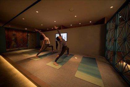 Practicar yoga en el trabajo ayuda a reducir el estrés