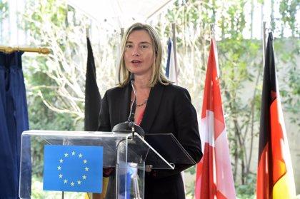 La UE trabajará por que haya elecciones en Venezuela sin abandonar la amenaza de más sanciones