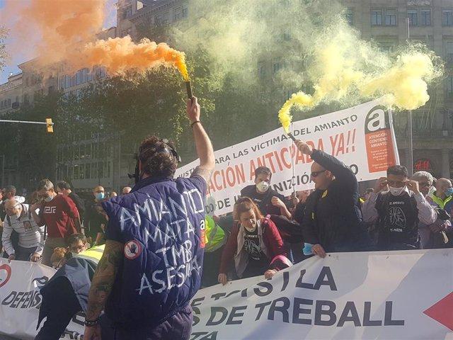 400 Personas Se Manifiestan Con Trabajadores Del Metro Para Protestar Por La Ges