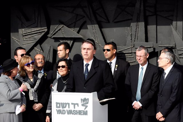 """Bolsonaro dice desde Israel que el nazismo, """"sin duda"""", es de izquierdas"""