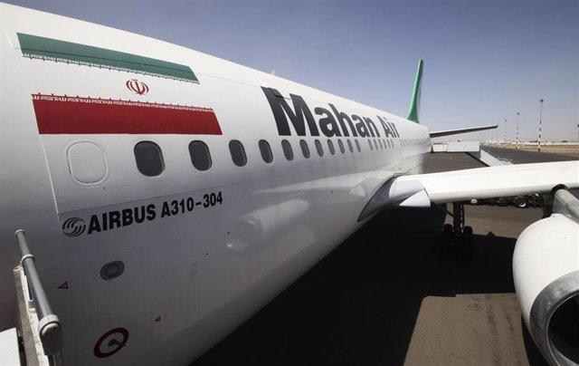 Francia revoca la licencia a la aerolínea iraní Mahan Air por supuestamente tran