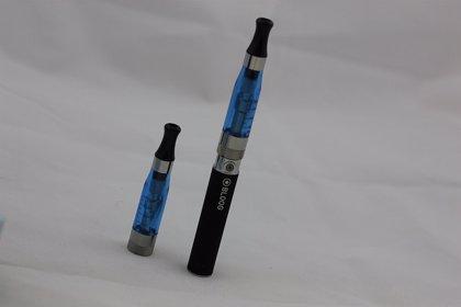 ¿Puede el cigarrillo electrónico aumentar el consumo de tabaco entre adolescentes?