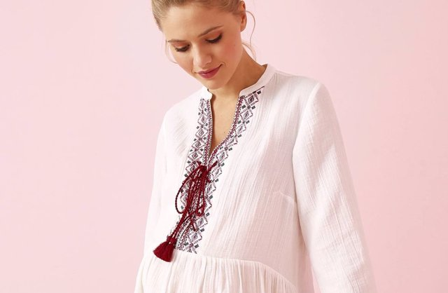 9e63fa0af Viste tu embarazo  elige ropa premamá con estilo