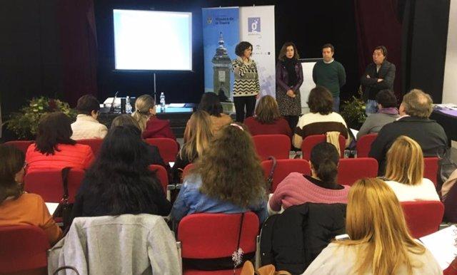 Huelva.- Agentes Guadalinfo y trabajadores sociales trabajarán de forma coordina