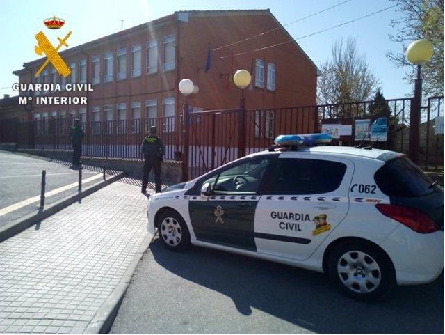 Sucesos.- Detenidos dos menores de edad en Toledo por 12 delitos de robo con fue