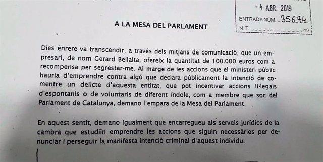 """Puigdemont pide amparo legal al Parlament ante una """"amenaza de secuestro"""""""