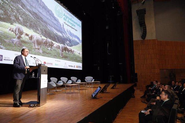 Lambán prevé que la industria agroalimentaria en Aragón doble su producción en d