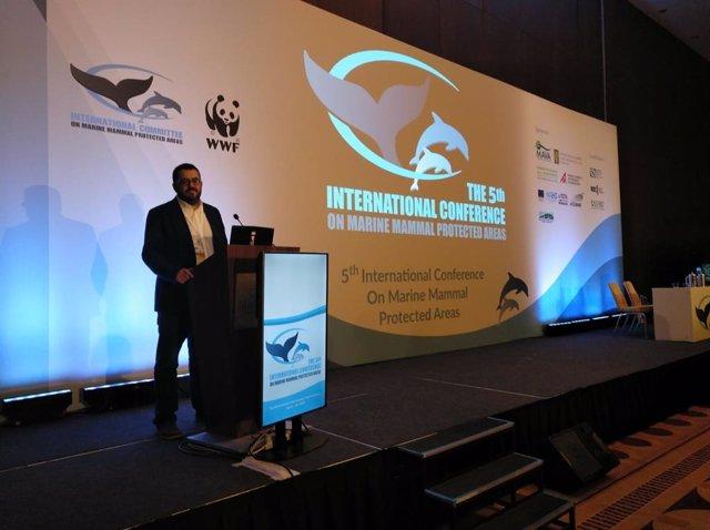 Vidal da a conocer en Grecia políticas de protección marina y contra las prospec