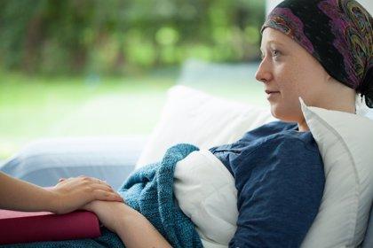 Solo el 40% de los pacientes con cáncer conoce la inmunoterapia
