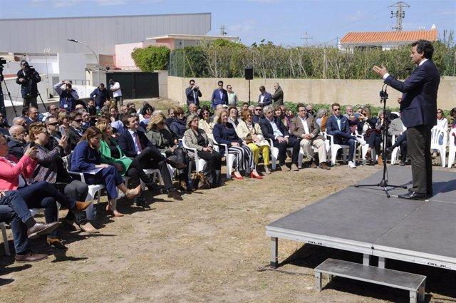 El presidente del Partido Popular, Pablo Casado, en un acto del partido en Menor