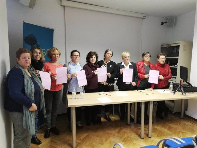 """28A.- Feministas exigen a los partidos reformas legales para poner fin al """"alqui"""