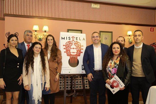 Sevilla.-María José Carrasco, Gema Moneo, Argentina y Diego Carrasco, en el Fest