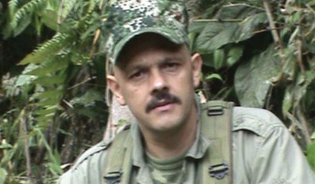 La JEP llama a testificar a 'El Paisa' por secuestros de las FARC y este permane