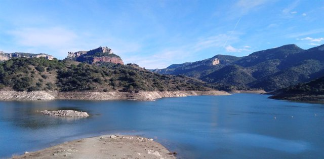 Agua.- Los embalses siguen perdiendo agua y se sitúan en el 57,7% pese a las llu