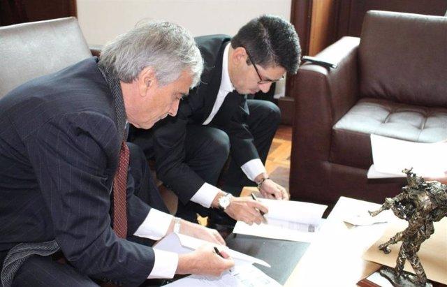 Dos senadores colombianos piden que se rechacen las objeciones a la JEP por razo