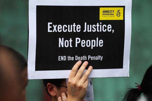 Cartel contra la pena de muerte