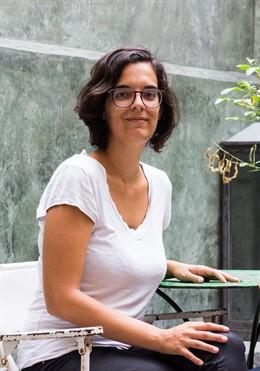 La abogada Marta Busquets repasa en un libro los derechos sanitarios de las emba