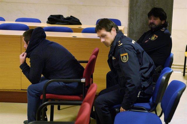 Comienza en Santiago de Compostela el juicio por intento de rapto a una chica en