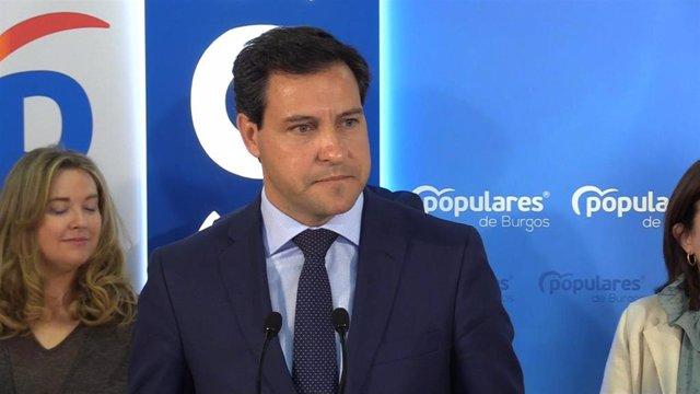 """De la Hoz sobre Tudanca: """"No puede ganar quien sirve de felpudo a Sánchez en La"""