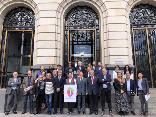 Zaragoza.- Pleno.- La DPZ apoya la candidatura de la jota aragonesa como Patrimo