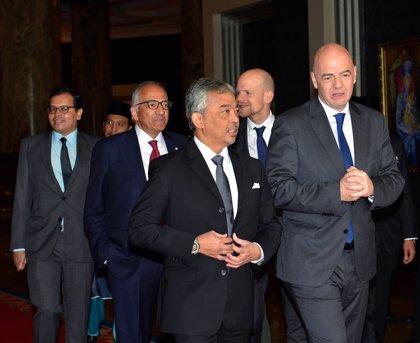 """Gianni Infantino ve """"50/50"""" la decisión de ampliar a 48 selecciones el Mundial de Catar"""