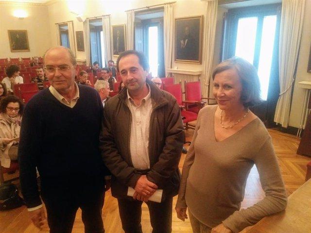 """El filólogu Xulio Viejo afirma que negar l'estatus de llingua pal asturianu vien por una cuestión """"puramente ideolóxica"""""""